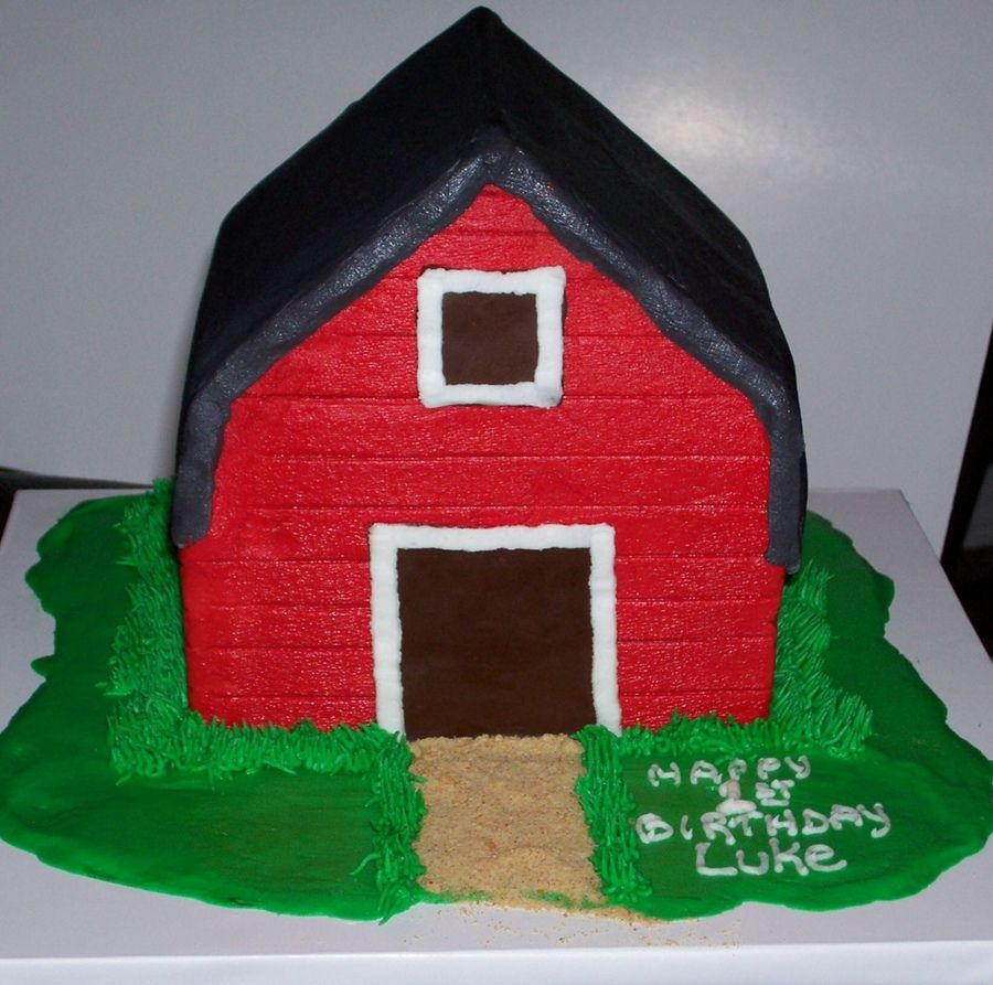 Barn Cake Using 2 Wilton S Stand Up House Cake Pans Fall