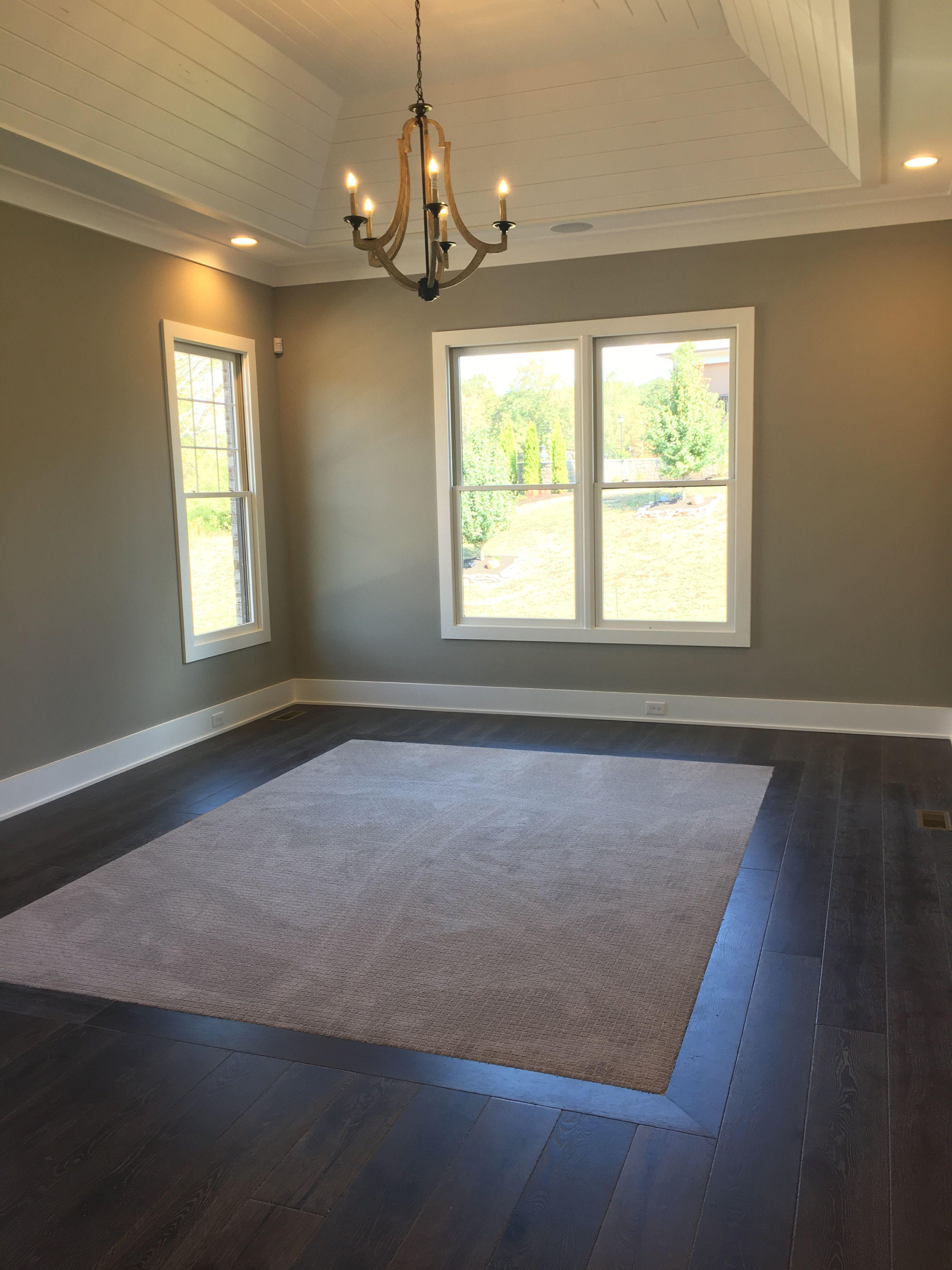 Love The Carpet Inlay In Master Hardwood Bedroom Bedroom