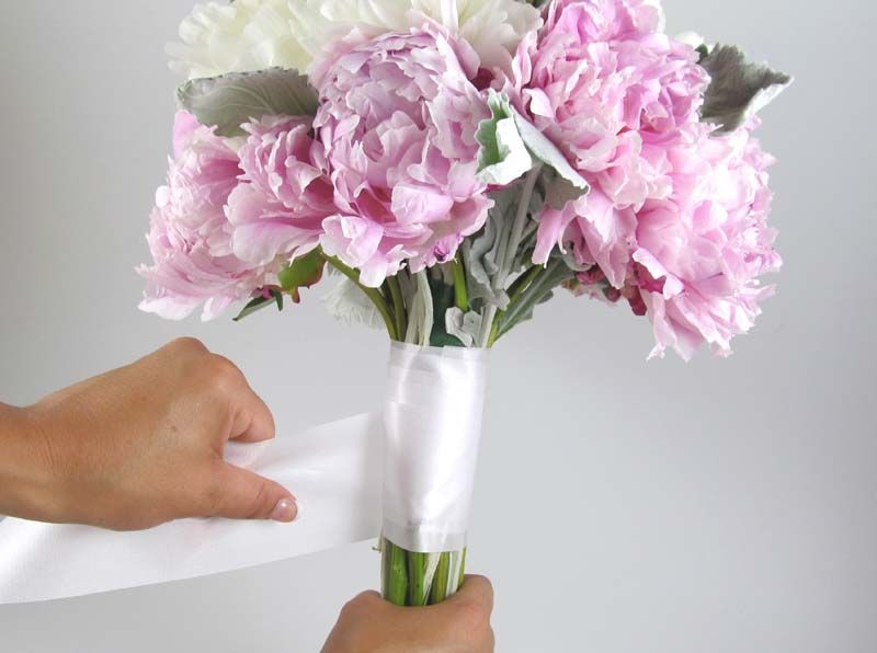 Make A Diy Peony Bouquet