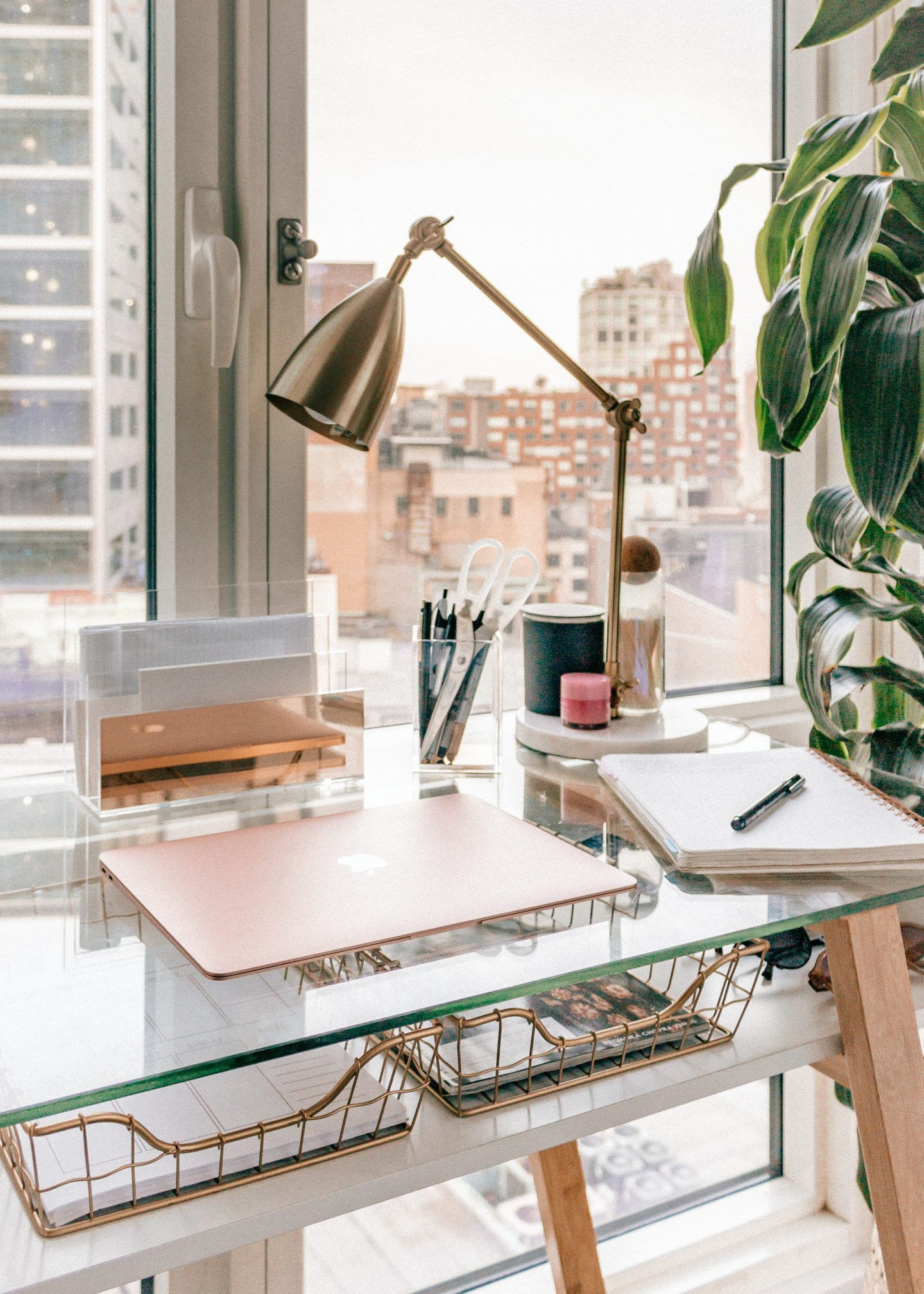My Desk // Organization + Decor - Melissa Frusco