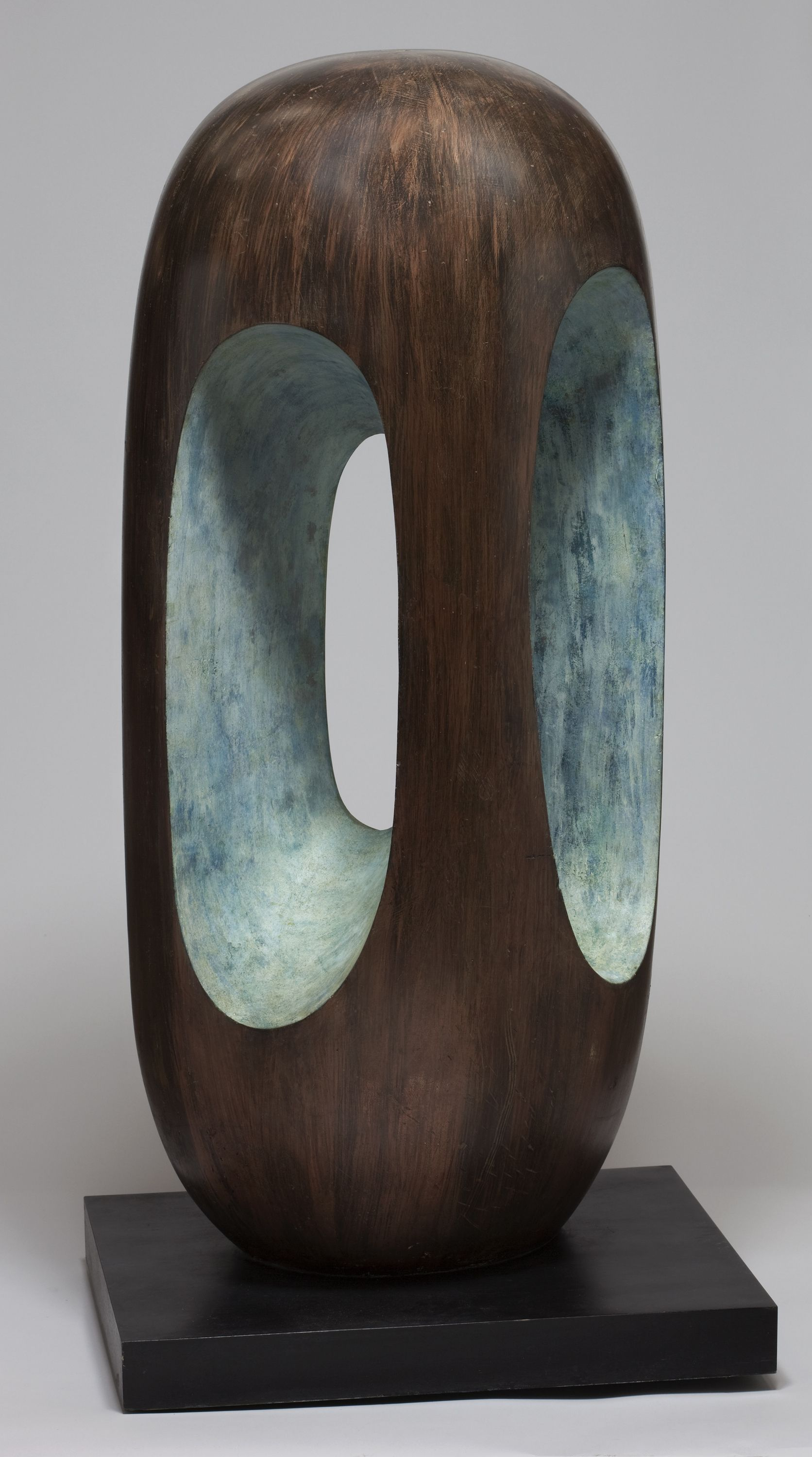 Rewelacyjny Barbara Hepworth The organization likewise puts the capitals in DP28