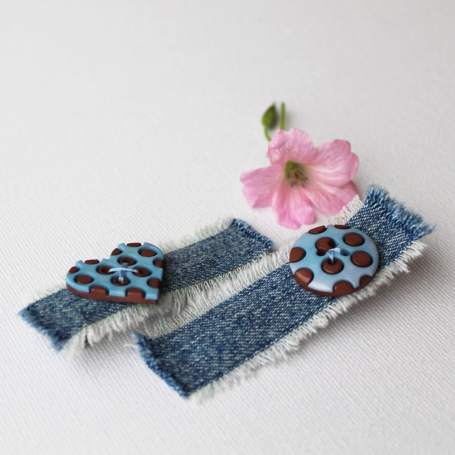 Duck Egg Blue Heart and Circle Hair Clips. Pair of blue alligator clips for hair £6.00