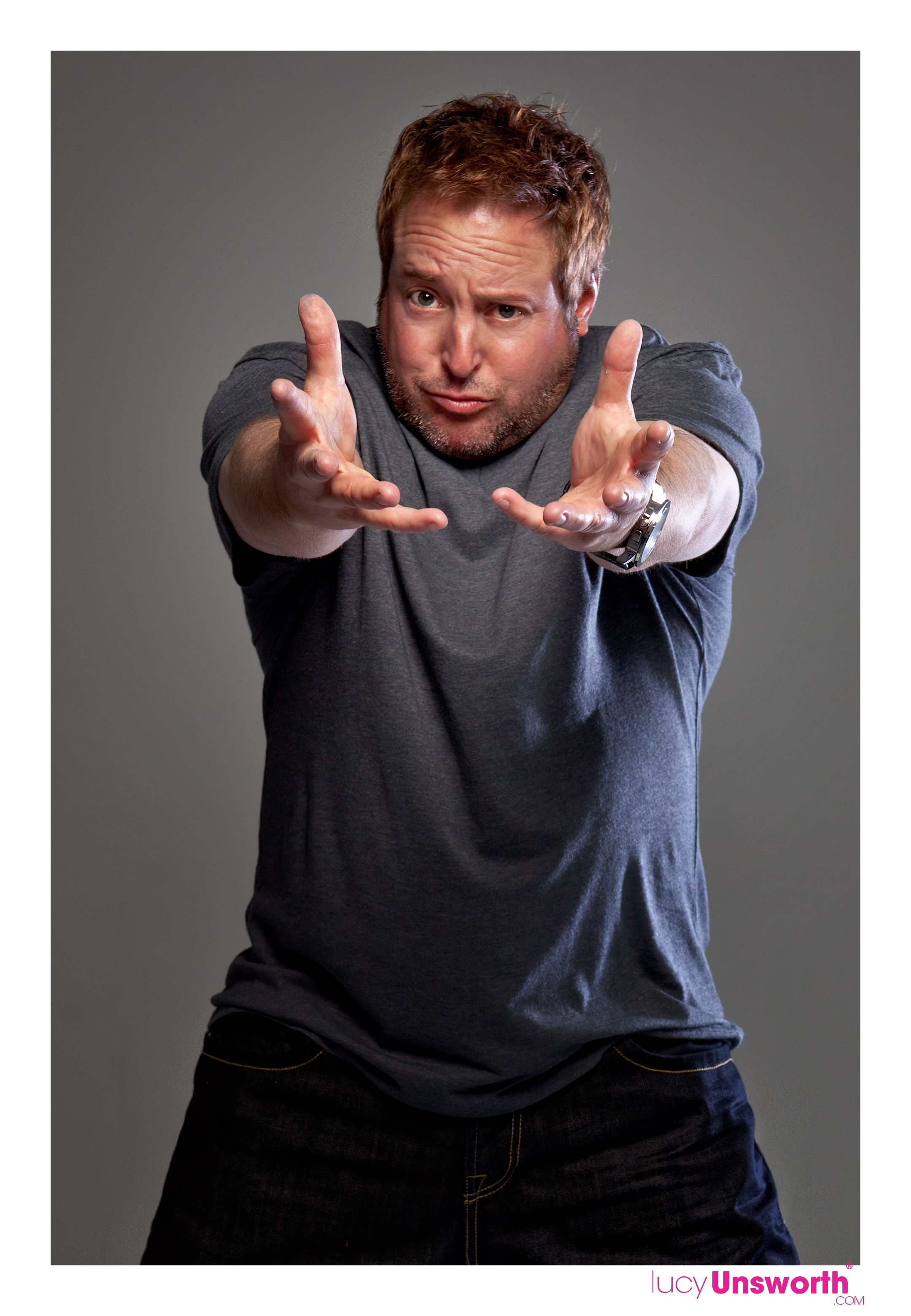 Gary Valentine, Kevin Jamesu0027 Big Brother Plays In The King Of QUEENS Tv  Show.
