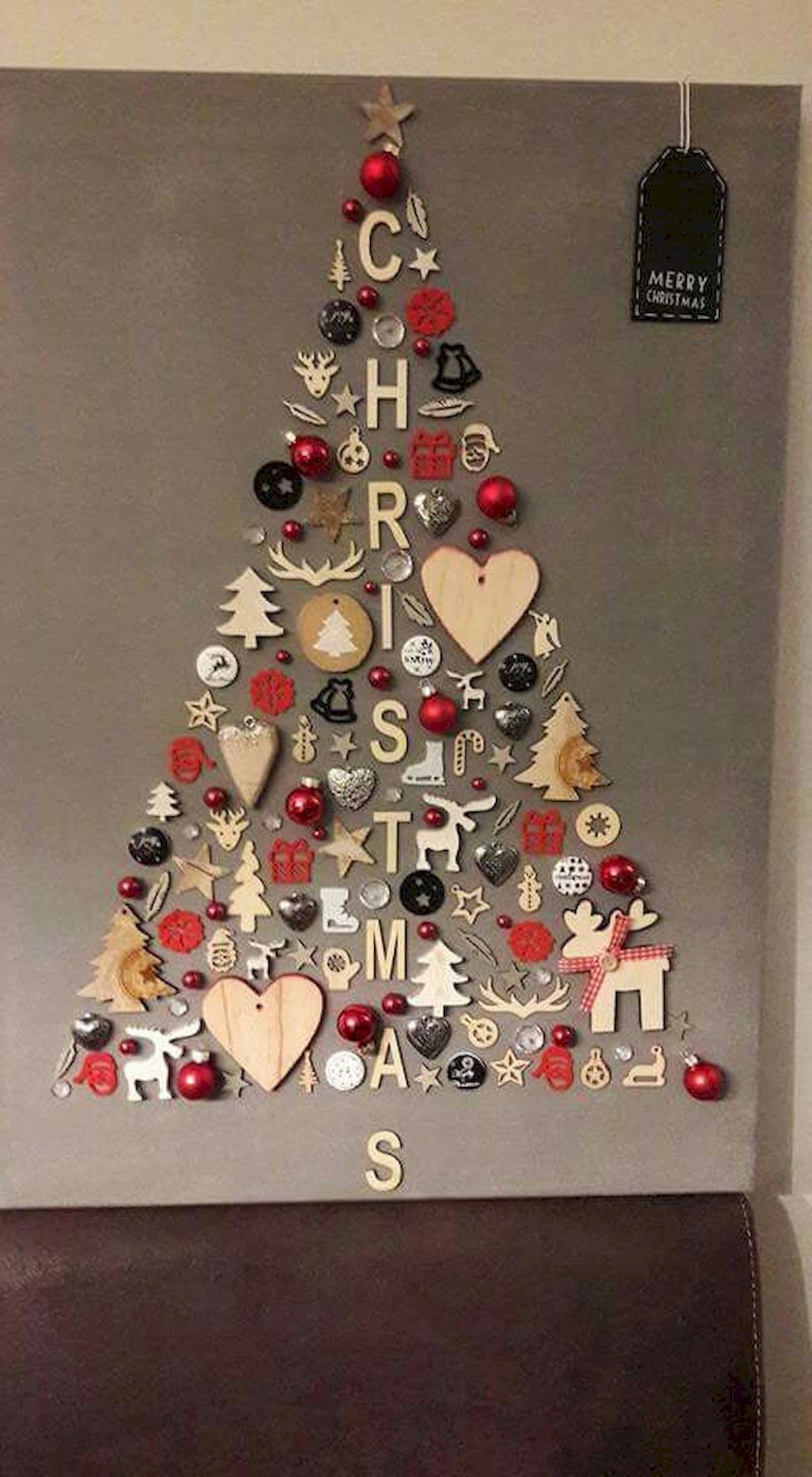 60 Awesome Wall Art Christmas Decor Ideas 44 Classic Christmas Tree Wall Christmas Tree Diy Christmas Tree