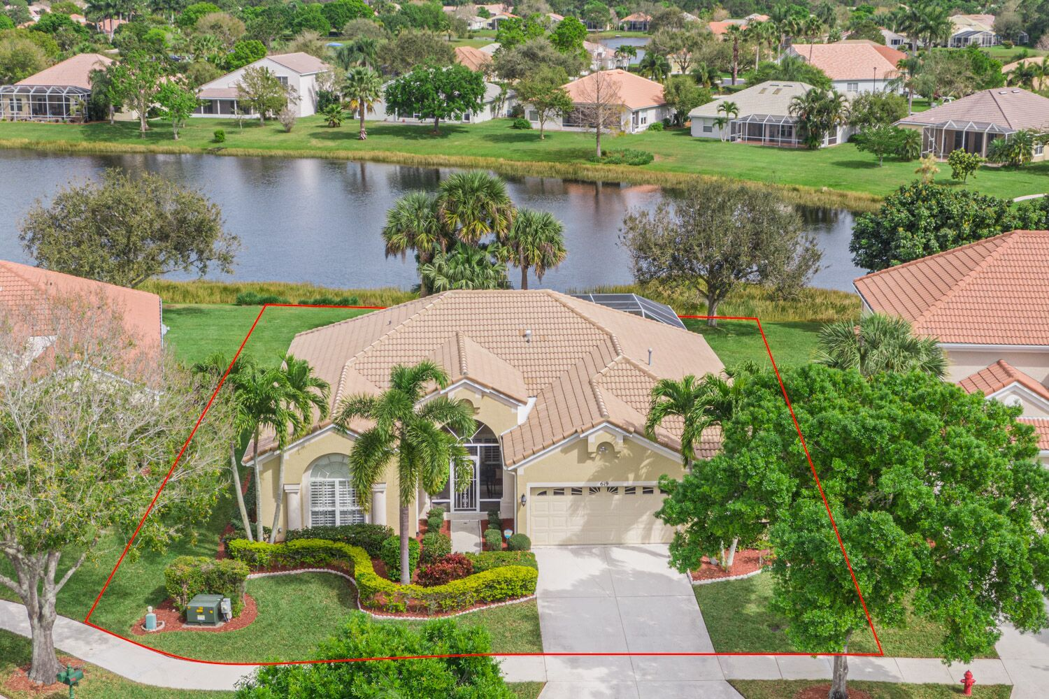 619 Sw Barbuday Bay Just Listed In 2020 Florida Real Estate