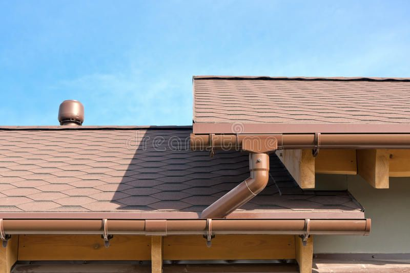 Rain Gutter House Tiled Roof And Gutters Ad House Gutter Rain Gutters Roof Ad How To Install Gutters Gutters Rain Gutters