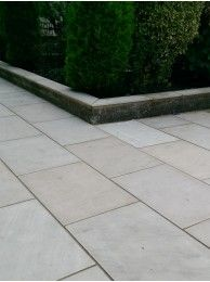 Royale Stones Sawn Sandstone Paving Mint Honed 900x600 20m2 Per Pack Sandstone Paving Garden Paving Patio Slabs