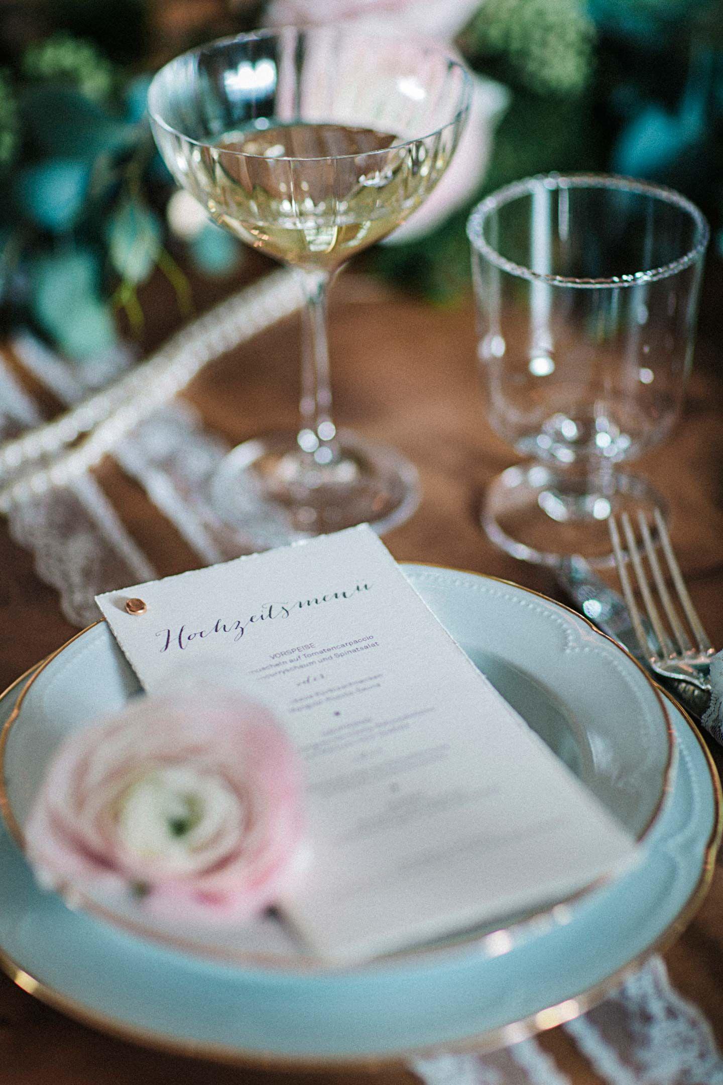 Glamouröse Nostalgie mit rosa Romantik | Romantik, Rosa