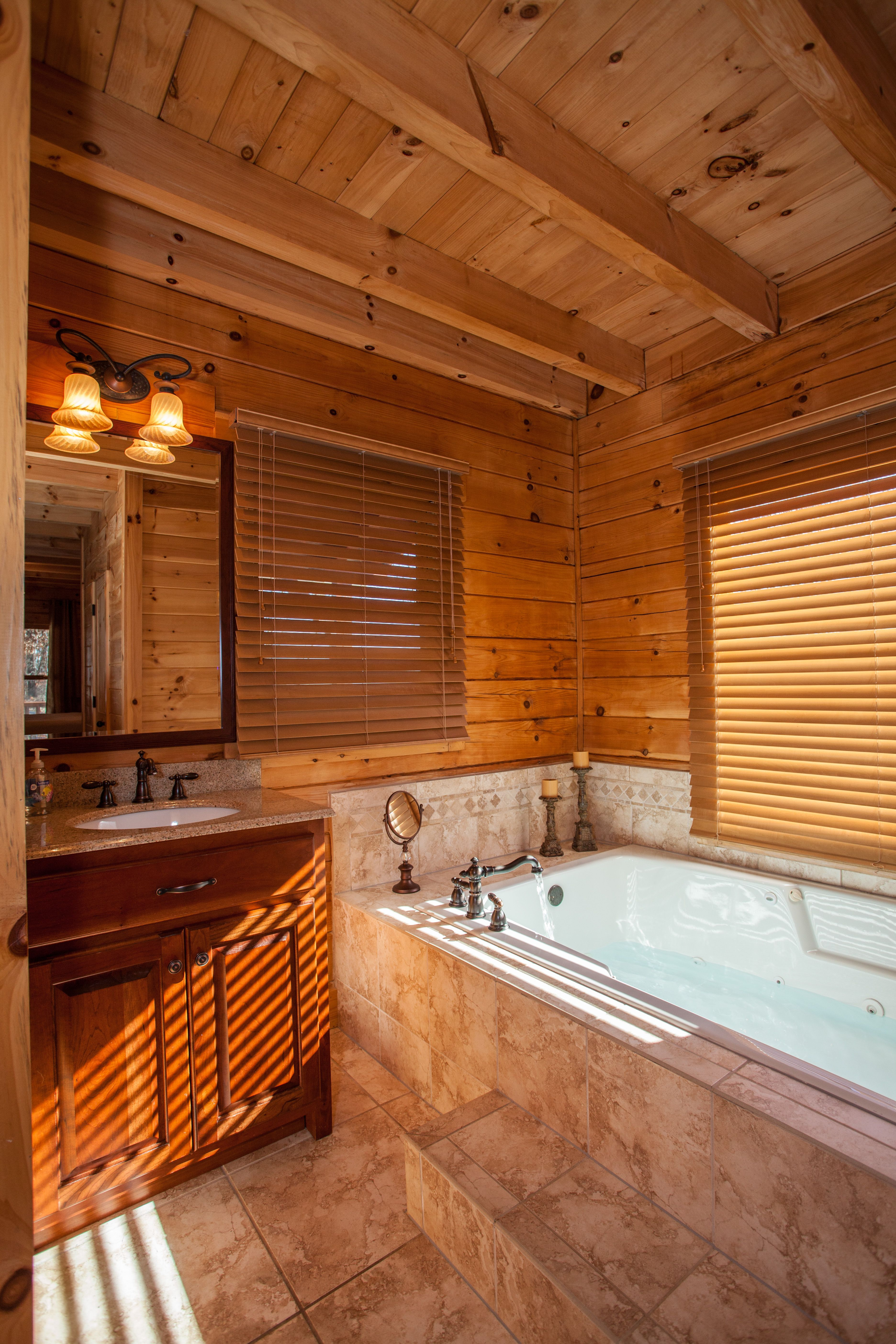 Talking Rock Lodge   Maser Bedroom   Talking Rock, Georgia   Ellijay Cabin  Rentals