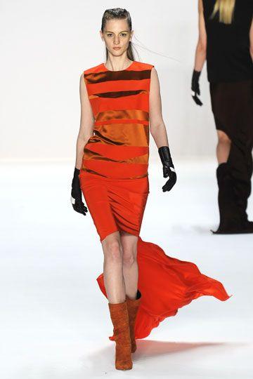 9445b683b2a4 Narciso Rodriguez Fall 2012 RTW Fashion Show | Fall 2012 New York ...