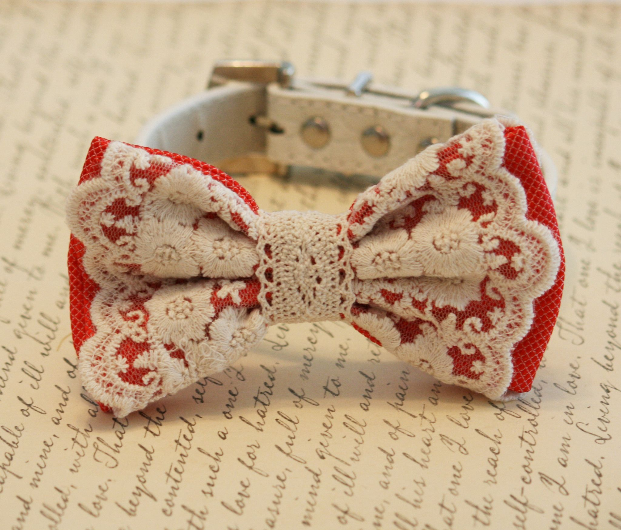 Coral wedding dog collar, Coral Lace Dog Bow Tie, Pet Wedding accessory, Vintage wedding, beach wedding, country wedding, Dog Lovers