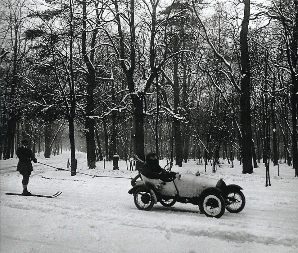ancienne photo de paris sous la neige bois de boulogne 1916 du temps du noir et blanc. Black Bedroom Furniture Sets. Home Design Ideas