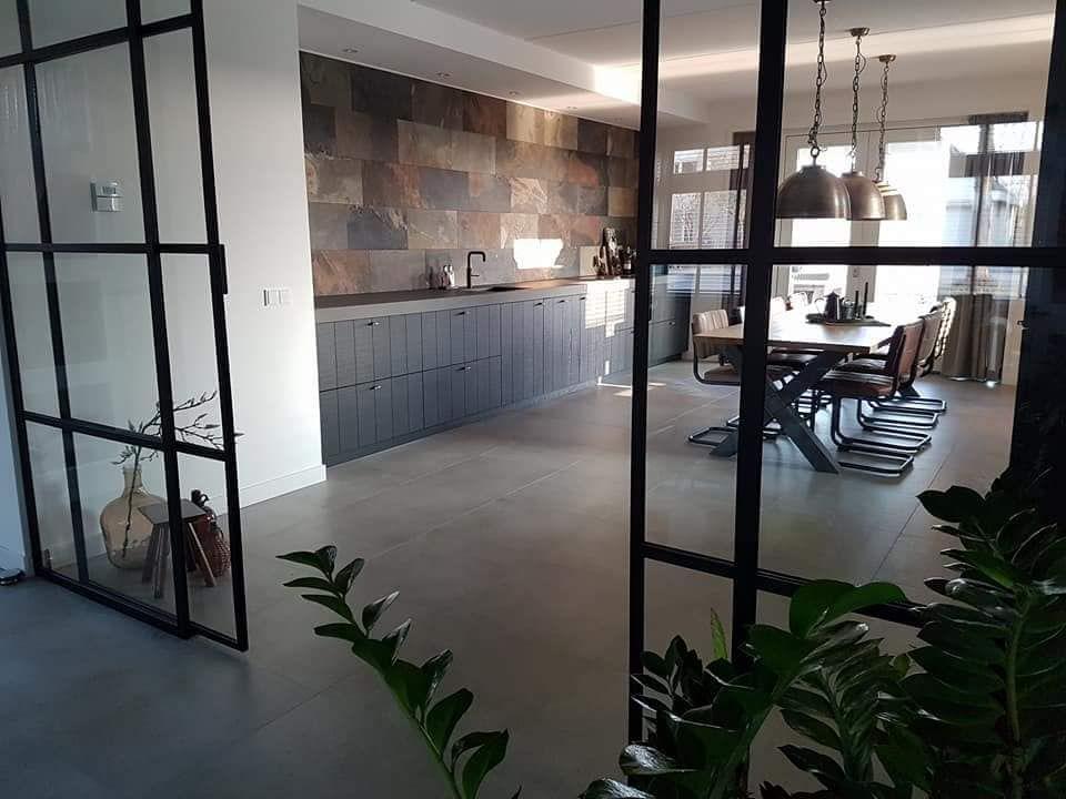 Zwart Keuken Stoere : Living room zwart metalen deuren stoere keuken home decor w
