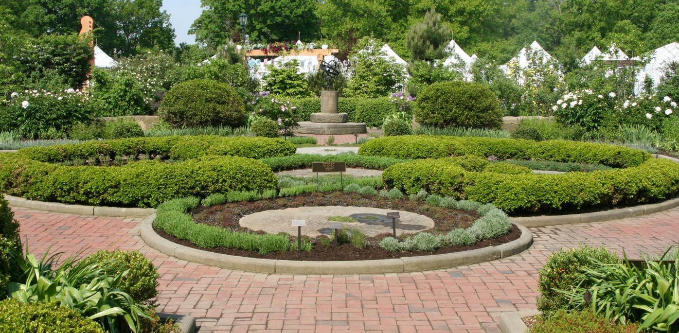 Cleveland Botanical Garden Wedding Venue Garden wedding
