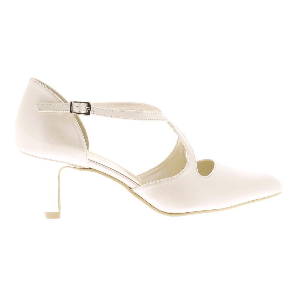 58b5cc5d1a4211 escarpins mariage besson chaussures 45€ | Accessoires | Escarpin ...