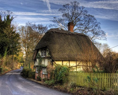 A thatched cottage at wherwell in Hampshire