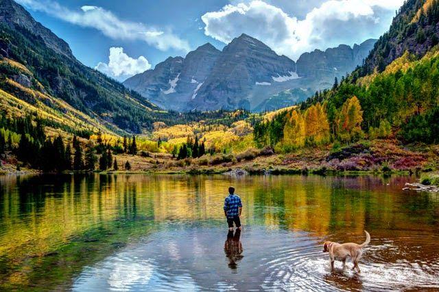 Mirando al mundo con sentimientos: Los hermosos picos Maroon Bells en Colorado, Estad...