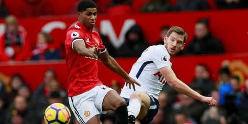 Berita Bola Terbaru Liga Inggris Manchester United Akan Berhadapan