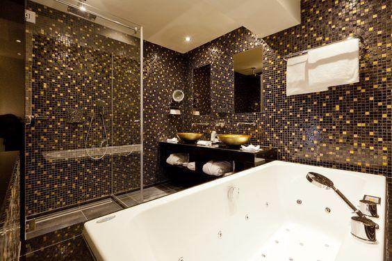 cleopatra badkamer voorbeelden | Luxe badkamers | Pinterest