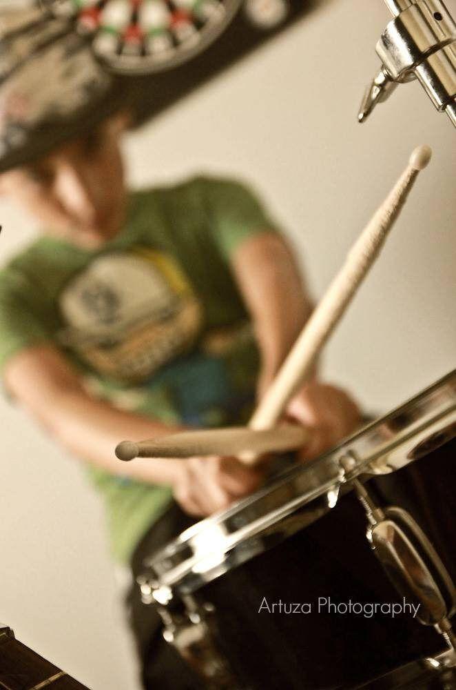 Leo the drummer - Leo el Baterista