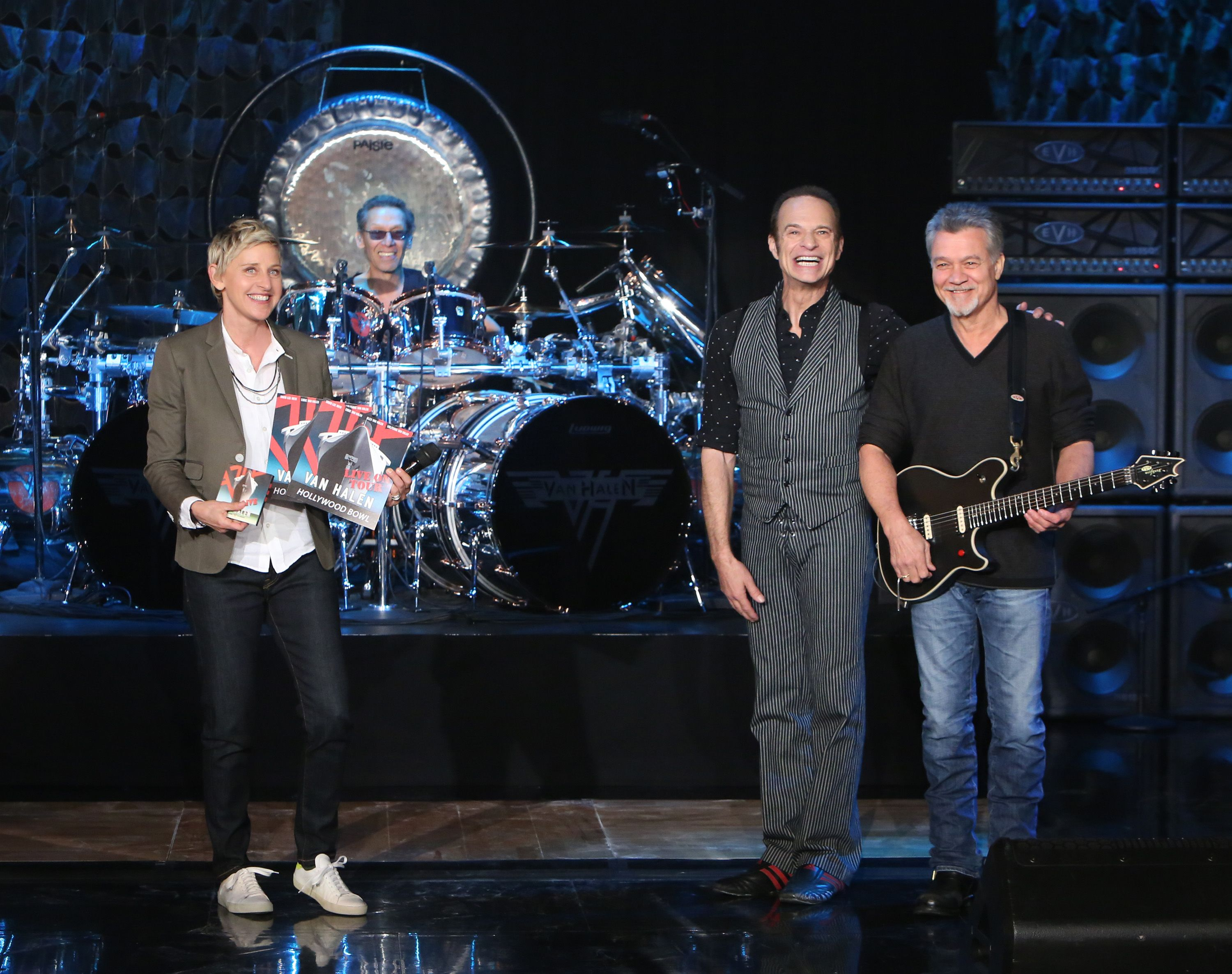 Today At 5 Van Halen Featuring David Lee Roth As Lead Vocals Makes A Daytime Exclusive Performance Of Their Class Van Halen Celebrity Interview The Ellen Show