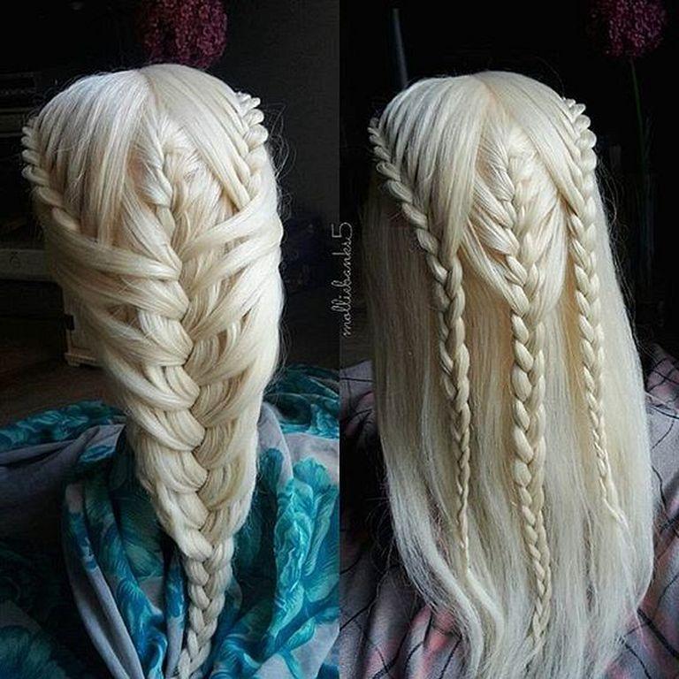 22 Beste Khaleesi Haare Auf Game Of Thrones Schonheit Info Auf Beste Game Haare Khal In 2020 Geflochtene Frisuren Zopffrisuren Frisuren