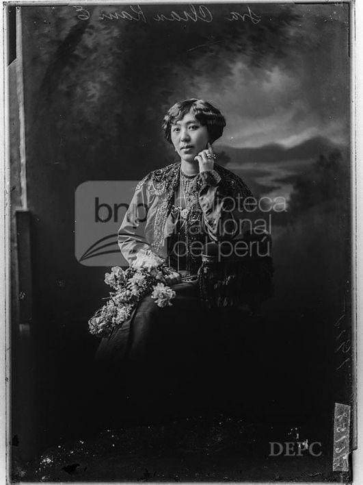 Sra. Chan Kan, Fotografia de Eugenio Courret, publicada en 1915 - Biblioteca Nacional del Perú