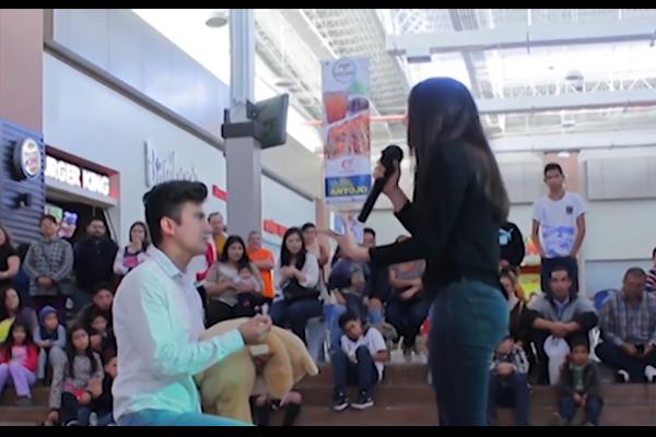 Propuesta de matrimonio se vuelve viral por la respuesta de la chica