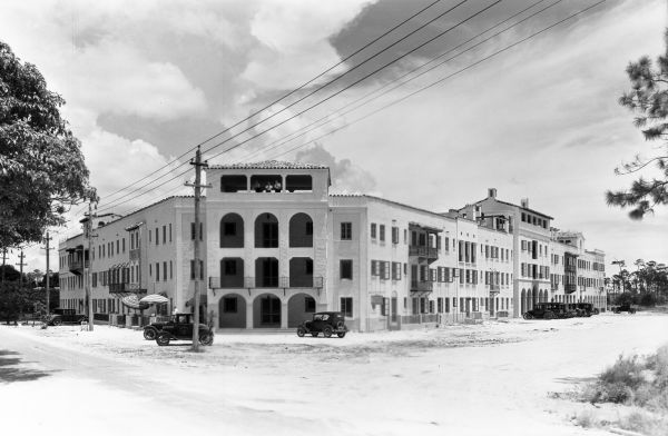 Florida Memory San Sebastian Apartment Hotel At University Dr Lejeune Rd In C Gables
