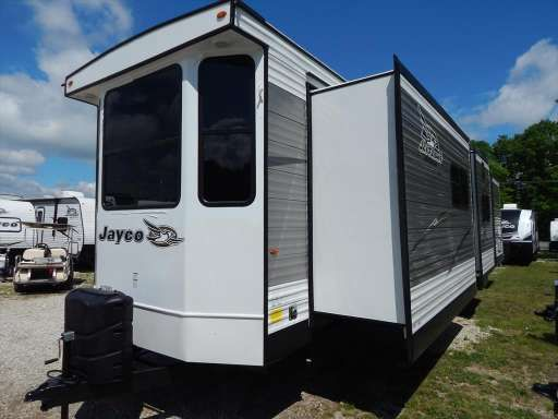 Check Out This 2018 Jayco Bungalow 40bhts Front Kitchen Two Bedroom Triple Slideo Listing In Williamstown Nj 0 Camping Spots Rvs For Sale Florida Keys Camping