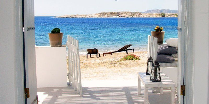 Welcome to Τhalassa Beach House in Kimolos Vacation Time