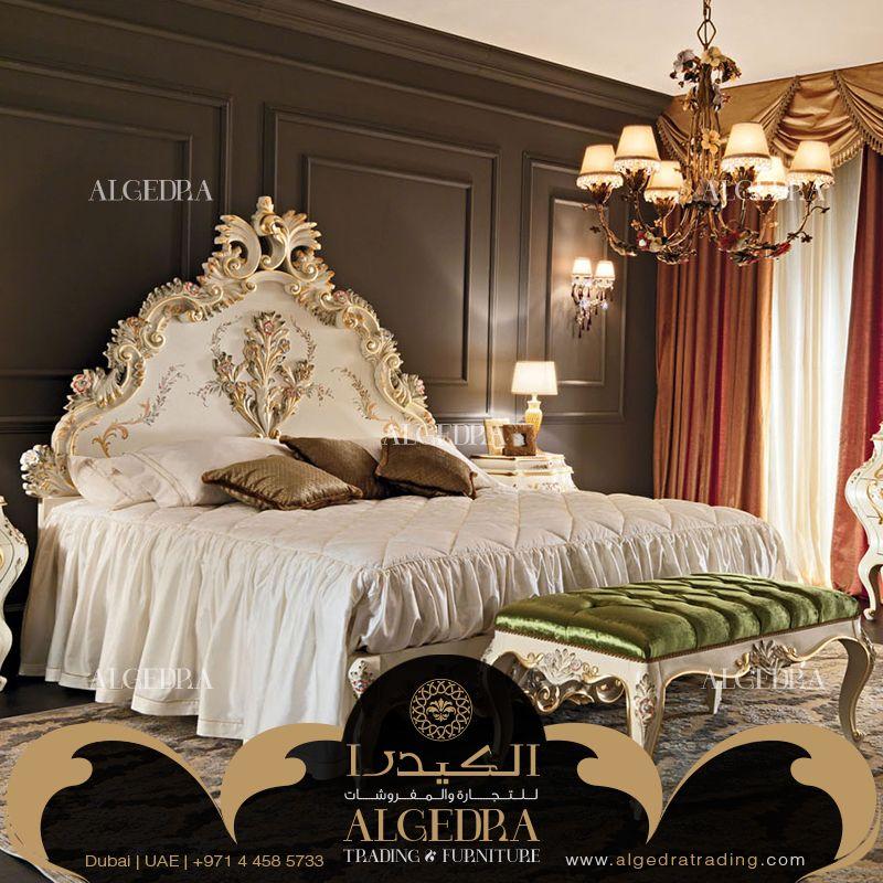 من مفروشات شركة الكيدرا غرفة نوم كلاسيكية فاخرة باللون الأبيض و بزخرفة يدوية باللون الذهبي للاطلاع على المزيد من تصا Luxury Furniture Bedroom Design Furniture