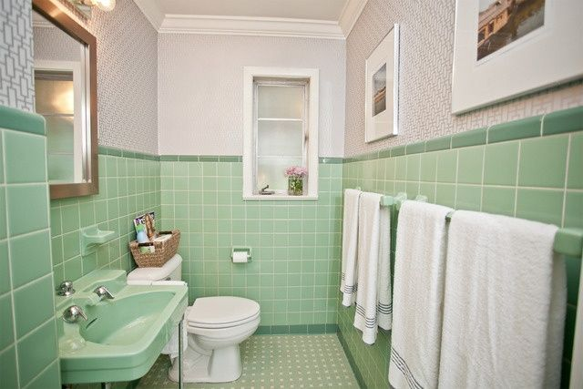My Favorite Mint Green Bathrooms A Vintage Splendor Green Bathroom Green Tile Bathroom Green Bathroom Decor