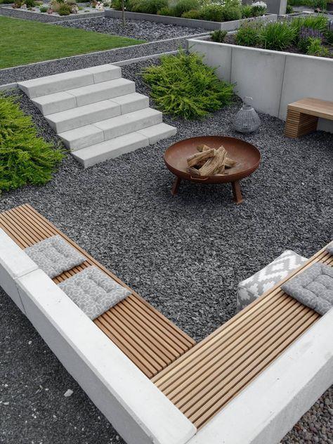 abgesenkte Feuerstelle im Garten #reduziert #Kamin #Garten - Garten Design #gartenlandschaftsbau
