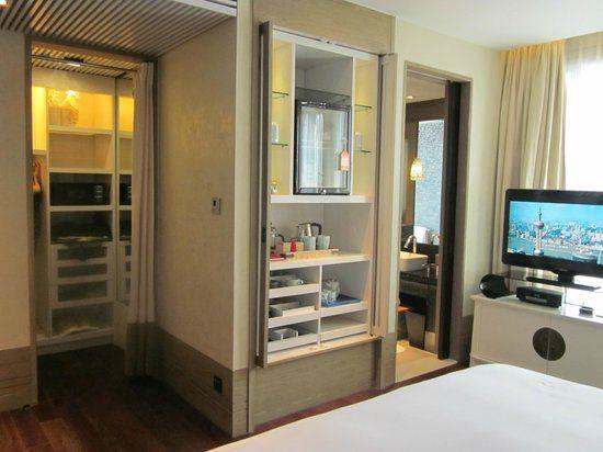 Mini Bar Closet Google Search Mini Bar Hotel Interiors