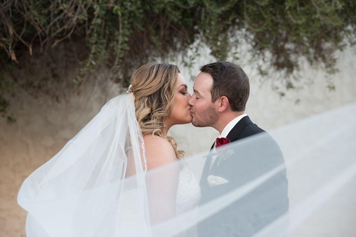 Romantic bride and groom photo ideas with veil weddings
