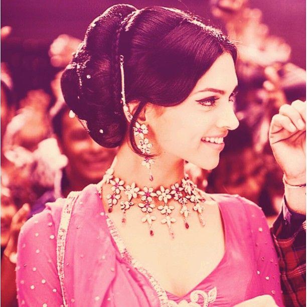 404 Not Found Deepika Padukone Style Beautiful Bollywood Actress Bollywood Celebrities
