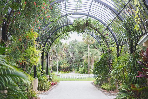 Florida Botanical Garden Wedding Photo By Vitalic 100 Layer Cake