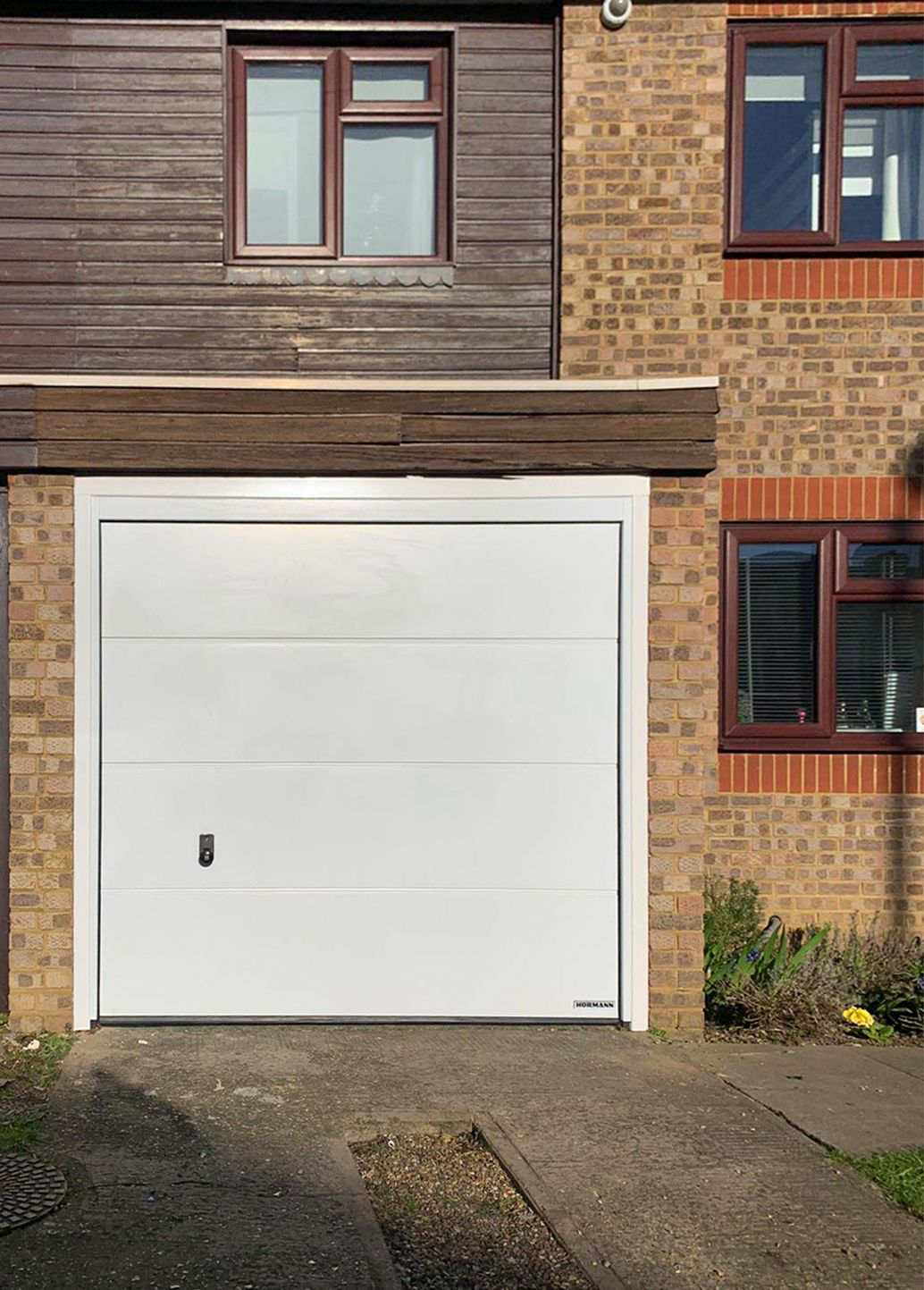 Hormann L Ribbed Insulated Sectional Garage Door Finished In White