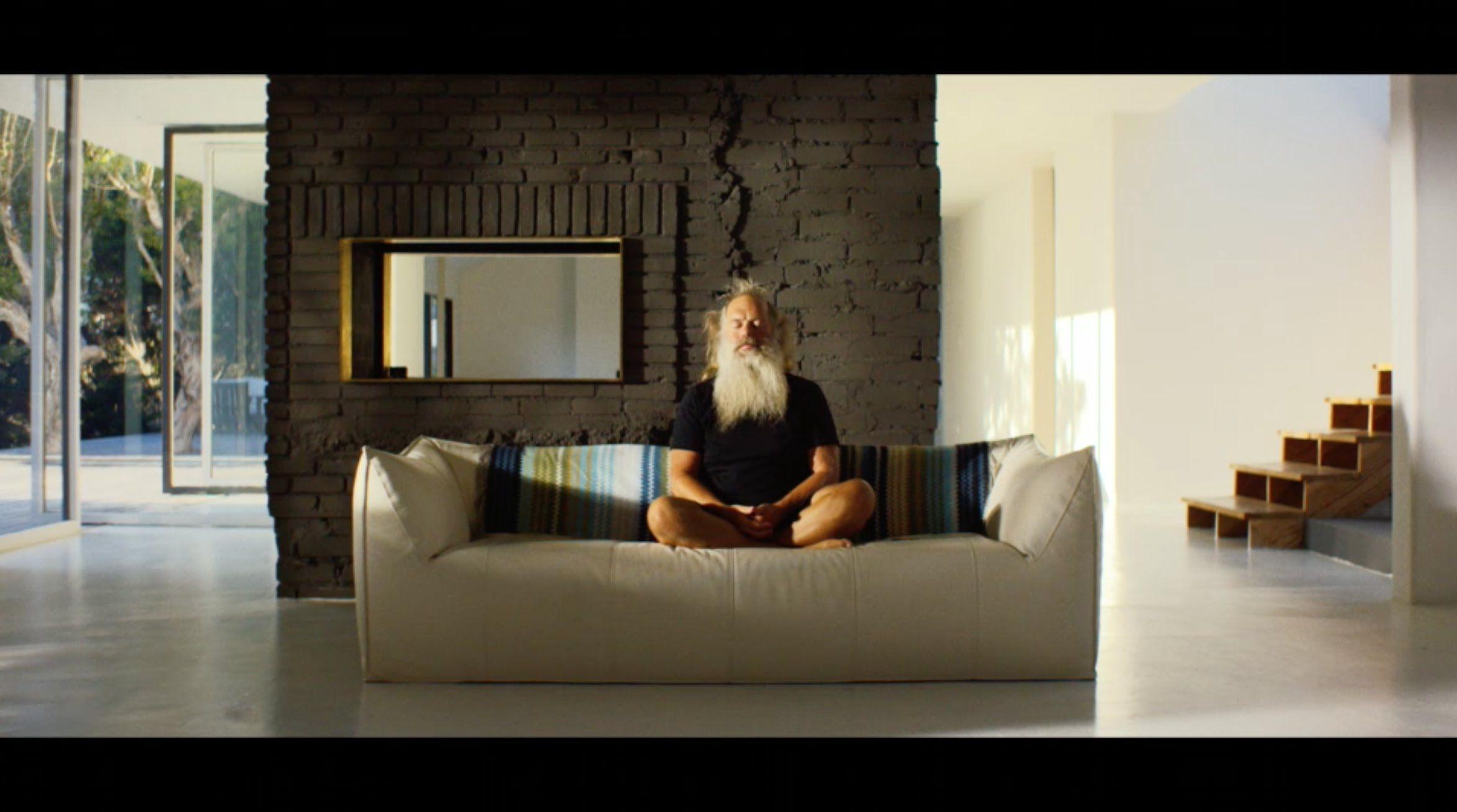 Sonos Tv Commercial Rick Rubin Tunes His Home Sonos House Beautiful Kitchens Sonos Tv