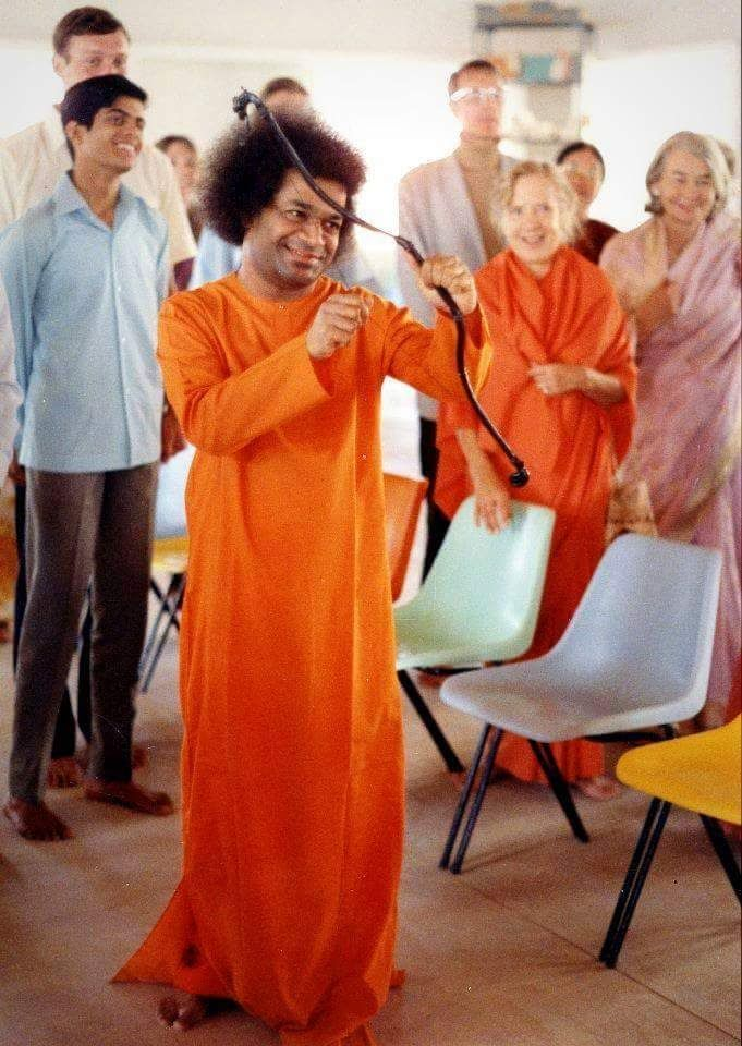 Man of Miracles - The Sathya Sai Baba Story   ALIENS ARE IN CHARGE