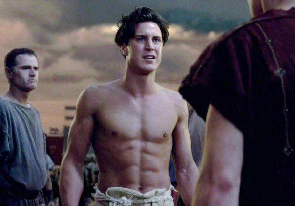 Aaron Jakubenko Gay Spartacus Season 4 Instagram Gladiators Superheroes Gay