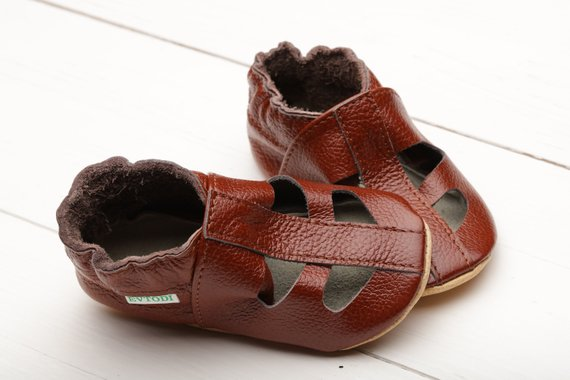 1497c63a38e4f Brown Baby Sandals, T-strap Baby Shoes, Leather Baby Shoes, Soft ...