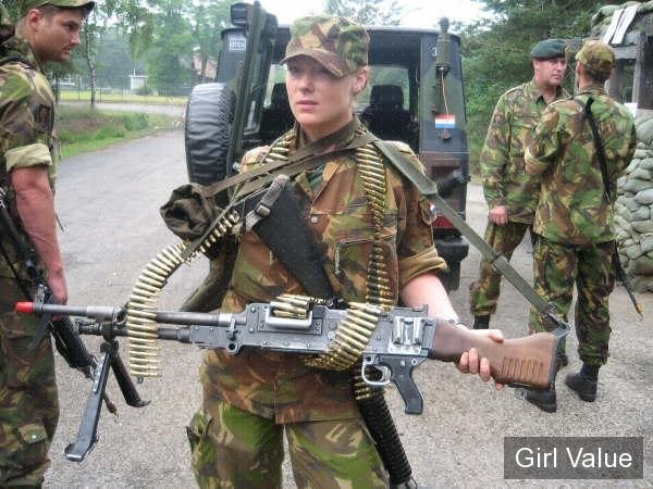 dutch female solider with gun women military