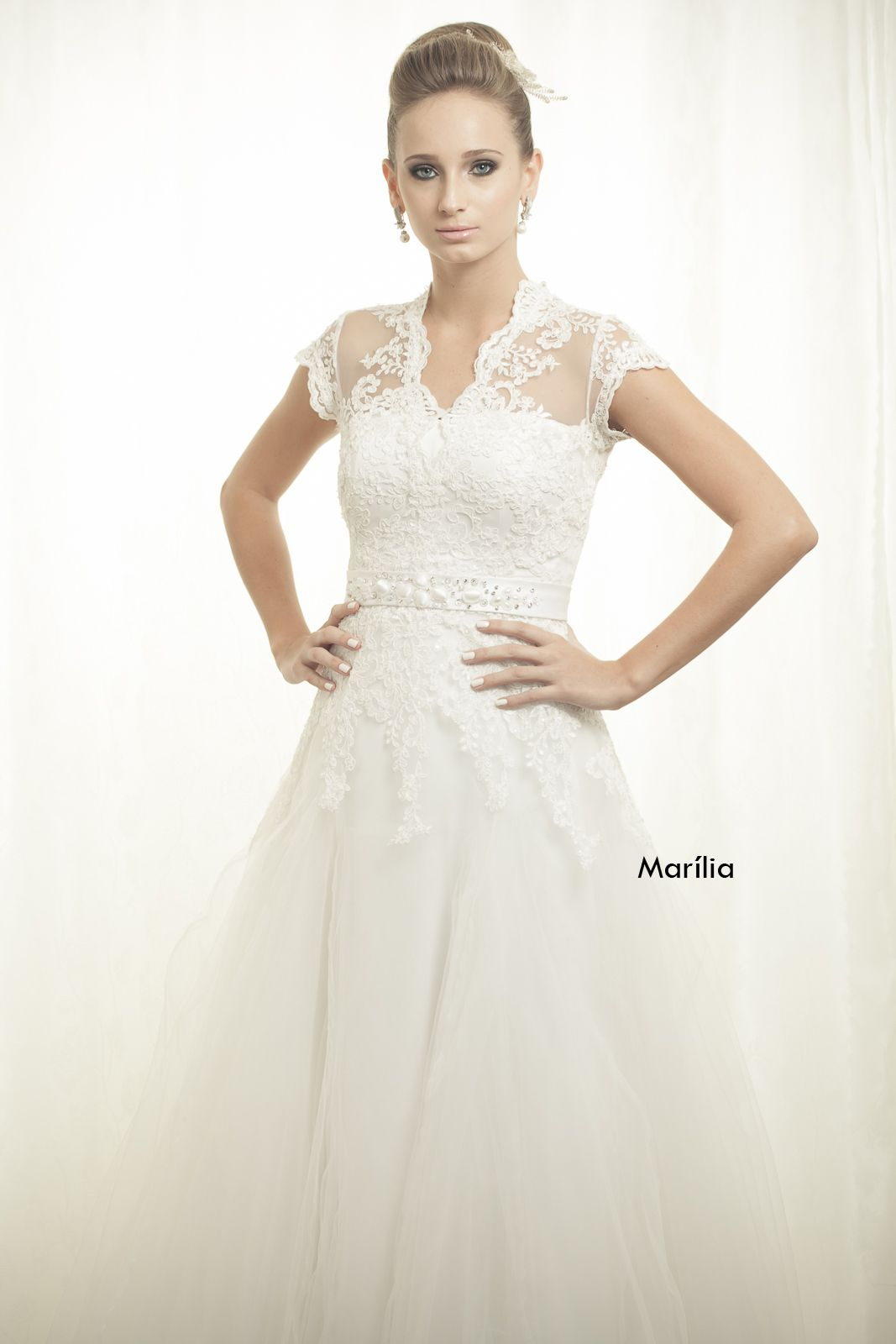 Wedding dress for older bride  Wedding dress by Marilda Simões  Wedding dress ideas  Pinterest
