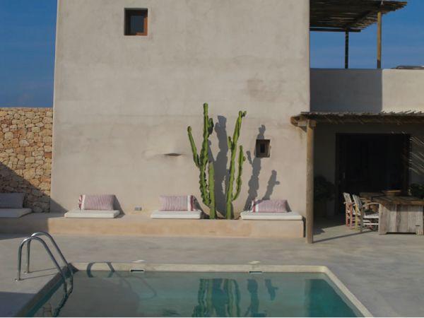 Villa in puro stile mediterraneo beach house pinterest for Arredamento stile mediterraneo