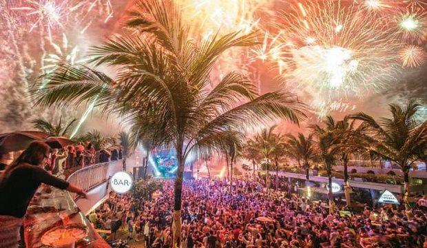 Best Places For 2020 Nye Celebrations In Bali New Years Eve Fireworks Bali Bali Honeymoon