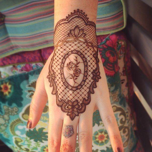 Pin By Selva Priya On Henna Designs Pinterest Mehndi Designs