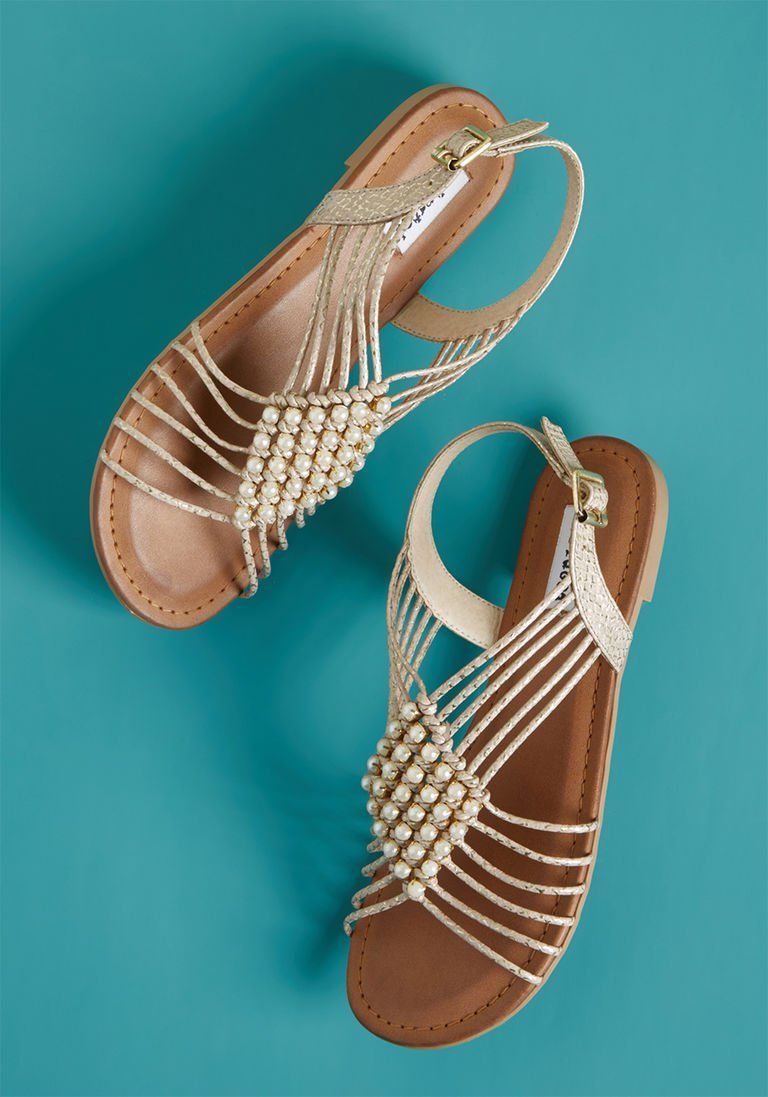 Beach Boutique Browsing Sandal in 7.5 - Low Heel - Over 1 -2 in 2018 ... 2344e2e5419