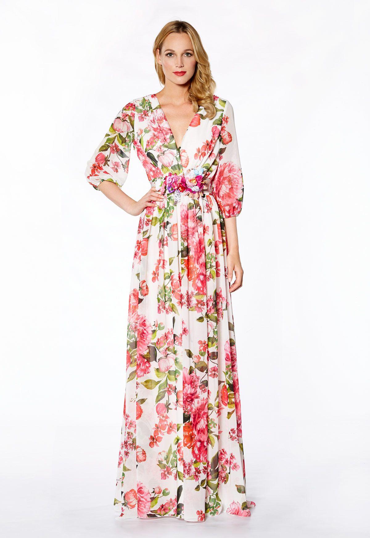 Tienda de vestidos de fiesta y madrina de Maria Lago colección 2017 modelo  1125 en Eva Novias Calle Mayor b2f73f3f58dd